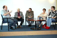 Paneliści